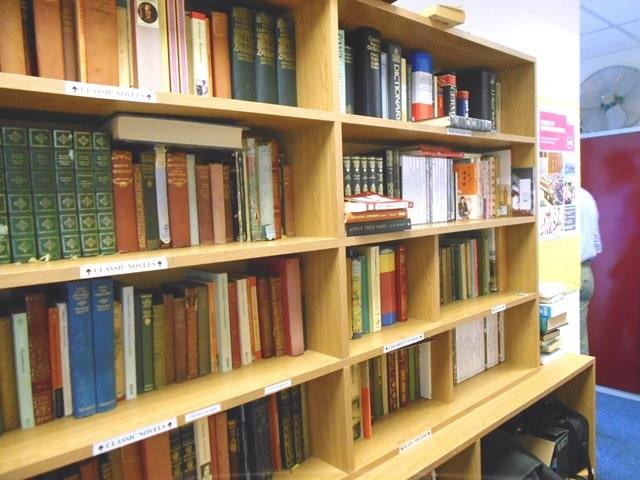 オックスフォード 語学学校 図書室