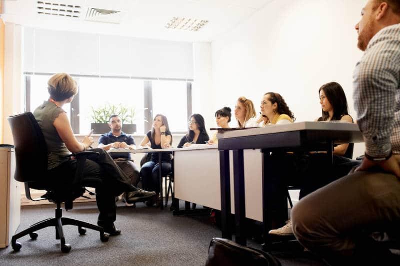 ロンドン 語学留学 EC 教室