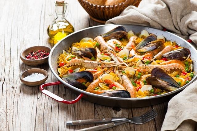 スペイン留学特集Vol.3「パエリアは昼の食べ物!」