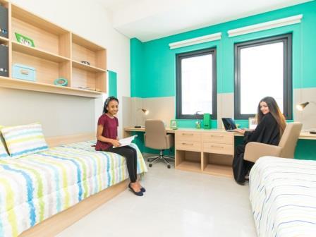 ESドバイの学生寮2人部屋