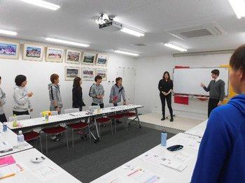ウインテックが応援する「INAC神戸レオネッサ」の英語レッスンがスタートしました。