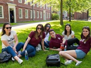 (関連サイト)留学カウンセラーブログが更新されました。 テーマは「人気の学生街ボストンを満喫する3つのプログラム」