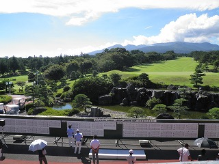 (関連サイト)ジュニアゴルフ留学のWhat's Newが更新されました。「第15回ゴルフダイジェスト・ジャパンジュニアカップ 結果報告」