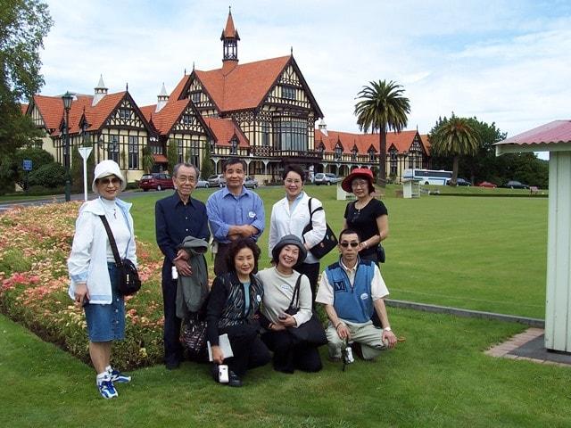 【50歳以上推奨クラス】NZ随一の温泉スポット ロトルアのアットホームな語学学校